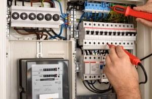 Elektriker-Angebote einholen