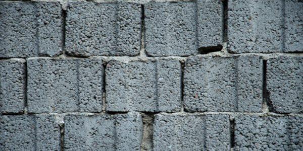 Beton-Hohlblocksteine