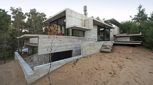 Architektenhaus außen aus Beton
